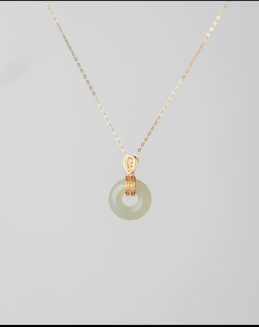 Le Cirque Jade Necklace