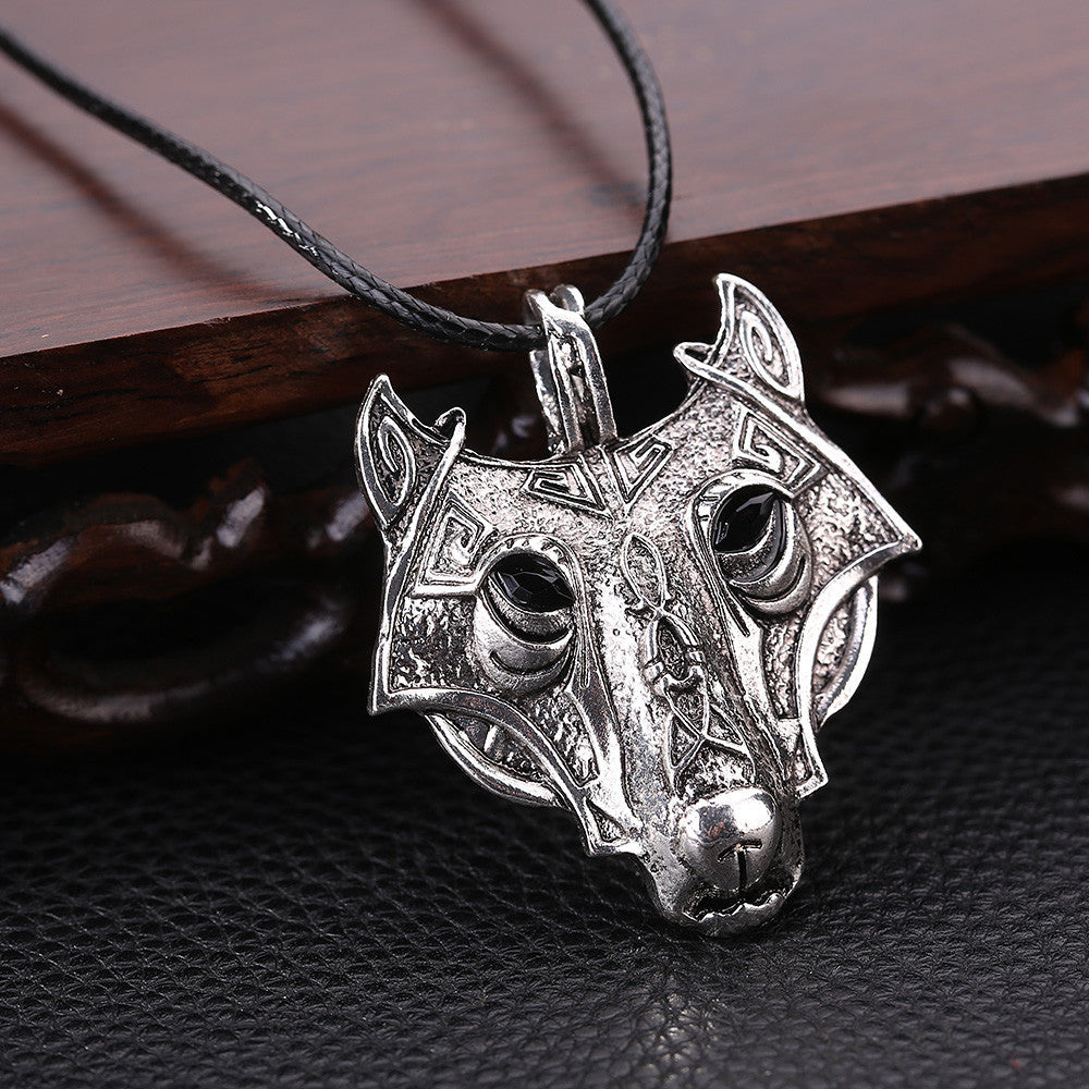 Alloy Wolf Head Antique Vintage Time Necklace Sweater Chain Pendant Jewelry
