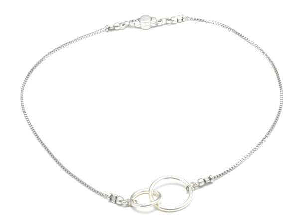 Interlocking Circles Chain Necklace