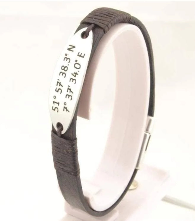 leather bracelet with custom engraving