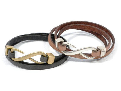 COZY DETAILZ - Bracelets -  triple wrap leather bracelet with infinity clasp