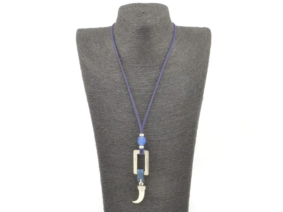 boho long necklace with horn pendant