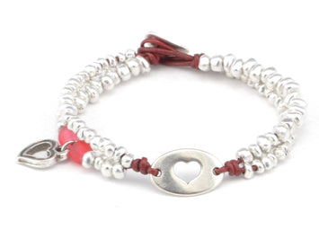 beaded bracelet with heart charm