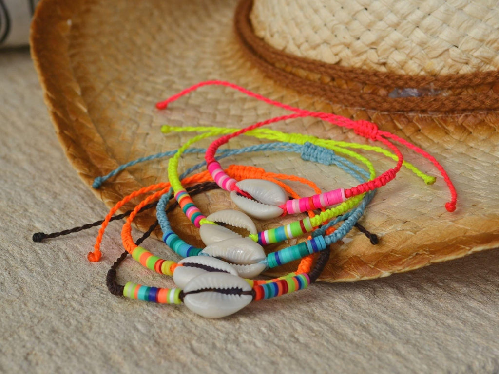 colorful bracelet with cowrie shell, heishi beads bracelet, cowrie bracelet natural seashell beach jewelry