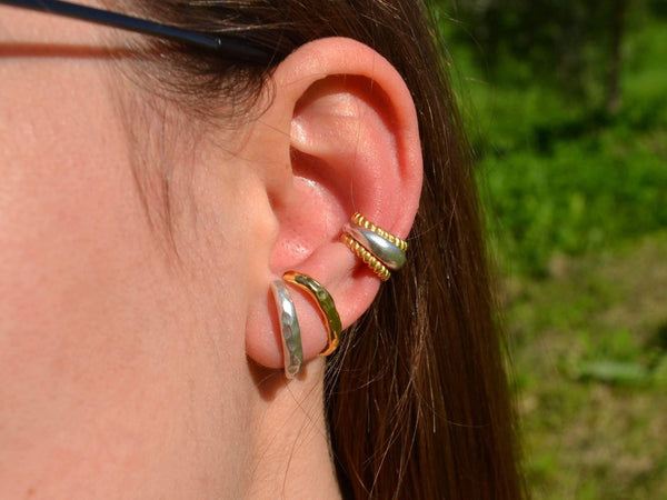 Chukchi Huggie Earrings - COZY DETAILZ