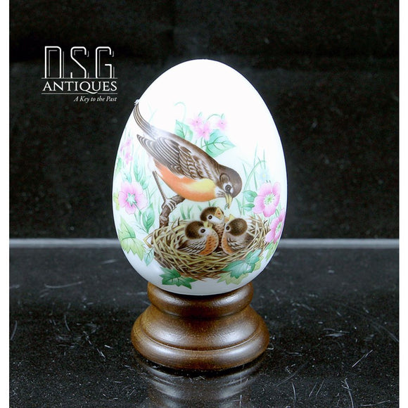 Avon Collectible Egg Every Spring Brings A New Beginning Birds 3 1/2 Ceramic