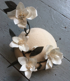 White silk rose button beret