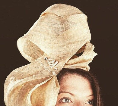 Bow peep - Amazing sculptural oversize bow headpiece - for weddings, Ascot and cocktails parties