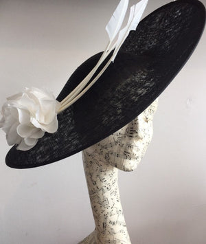 Large black and white  saucer hat