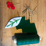 Christmas Felt holly hairband/crown - craft kit
