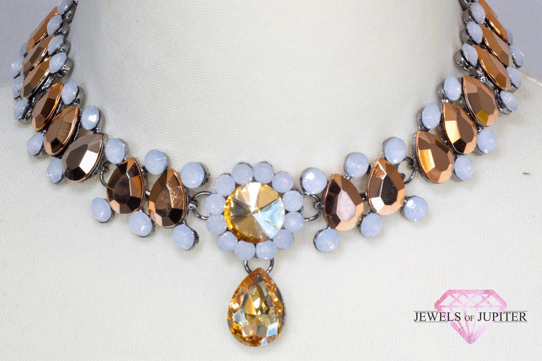 Luna - Diamante and Pearl Choker with Gold Gems - Jewels of Jupiter