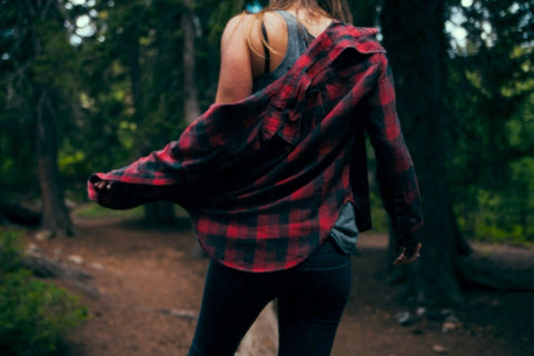 Flannel shirts continue to be some of our favorite Fall and Winter items. Photo by Benjamin Combs on Unsplash.