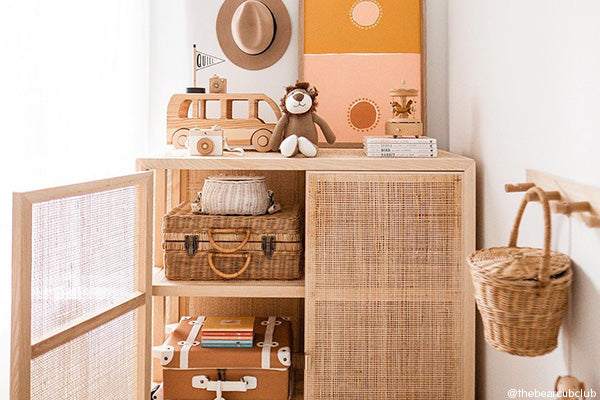 Closet organisation at home with you!