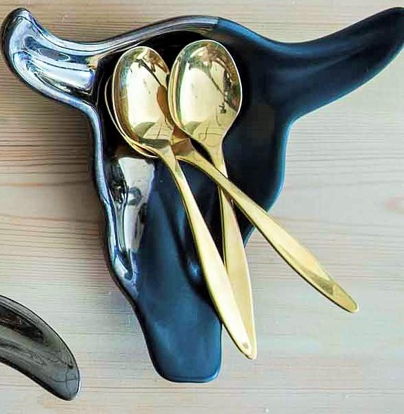 SKULL TEASPOON HOLDER