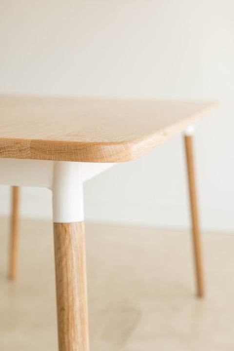 Hombre Table