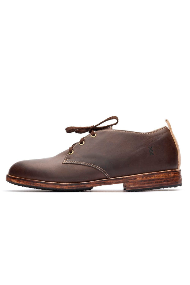 BROWN LOWTOP SHOES