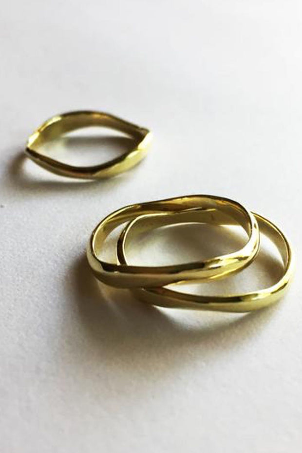 Curve Stack Ring Brass