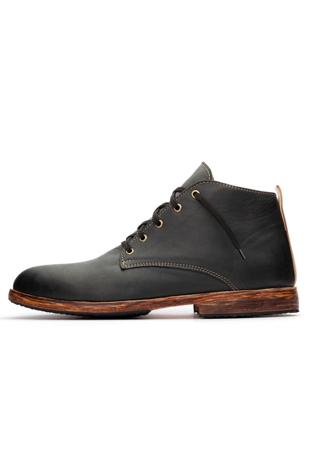 BLACK MIDTOP SHOES