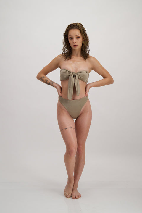 Forget-me-not bikini bottom in Gold