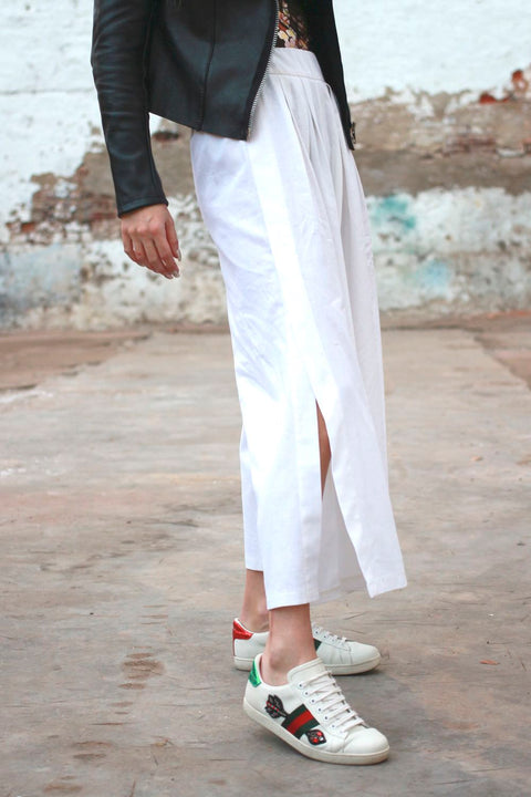 Ivory White Step Into Vogue Pants