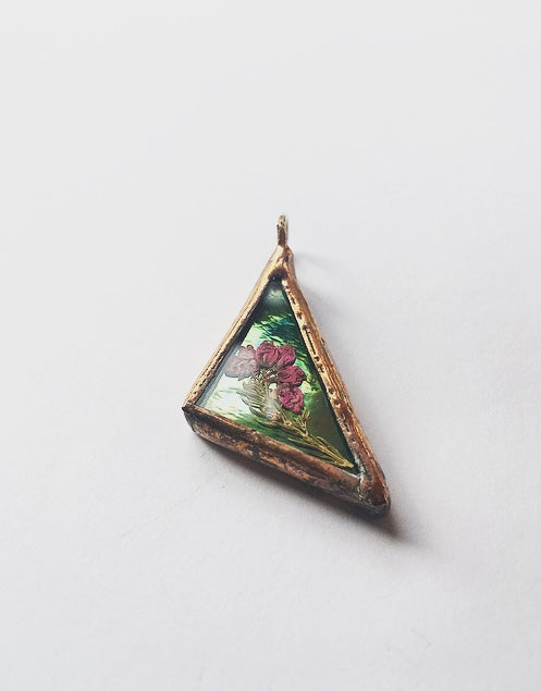 Iridiscent Green Triangle Pendant with Pressed Erica and Hemp Cord
