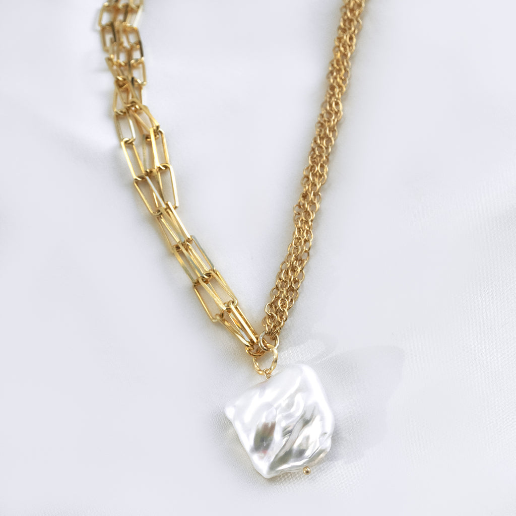 SQUARE PEARL || NECKLACE