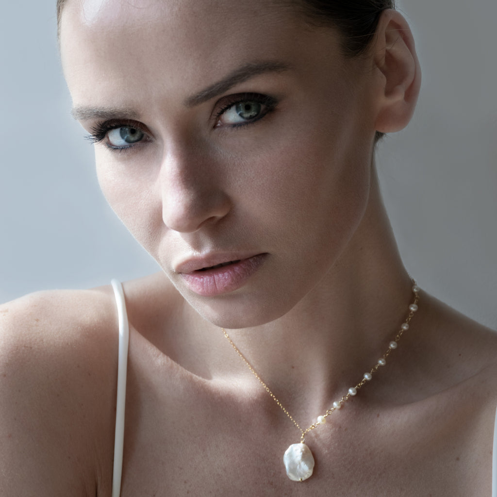COIN + FRESHWATER PEARL NECKLACE