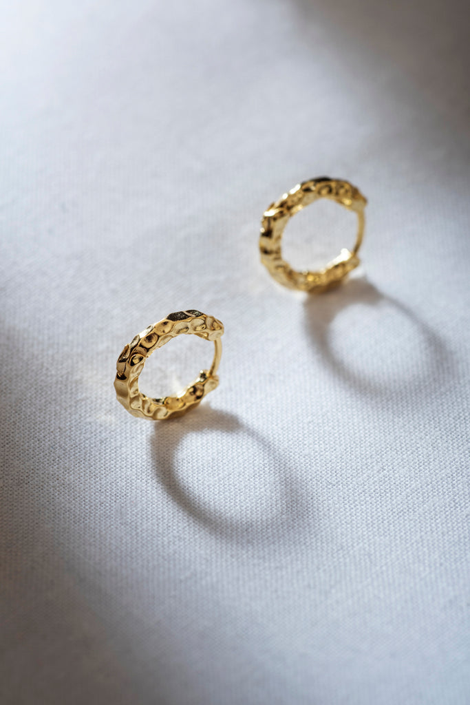 CHASE  ||  MINI HOOP EARRING