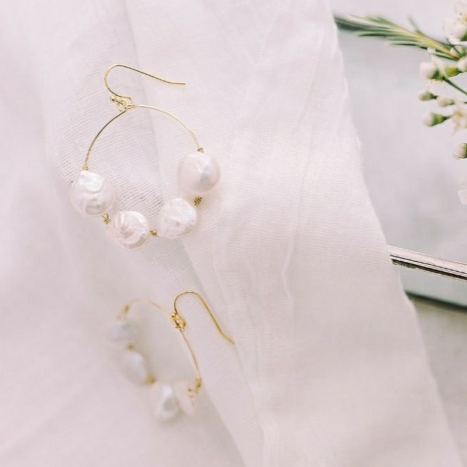 Coin Pearl Halo - Bridal Earrings