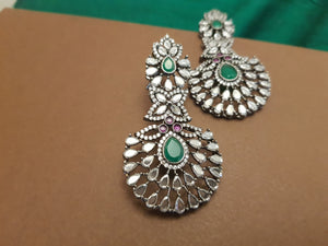 Emerald green kyra drops