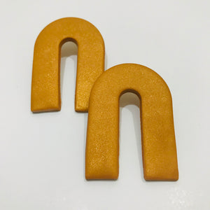 Clay Collection - Magnes Earrings in Gilt
