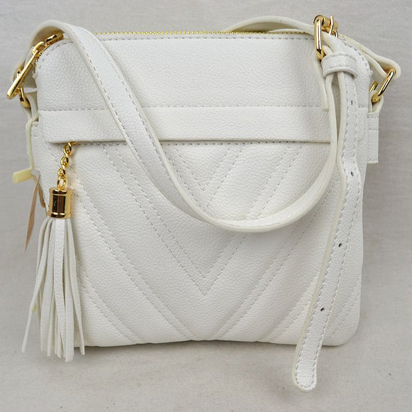 Chevron pattern crossbody with tassel - white