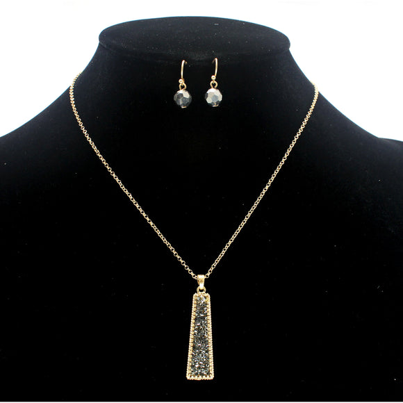 PAVE PENDANT NECKLACE SET
