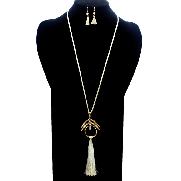 LONG METAL & TASSEL NECKLACE SET