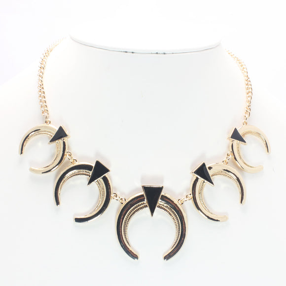 CRESCENT NECKLACE - Pink Vanilla