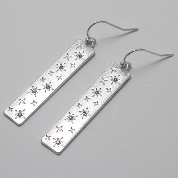 STAR ENGRAVED EARRING