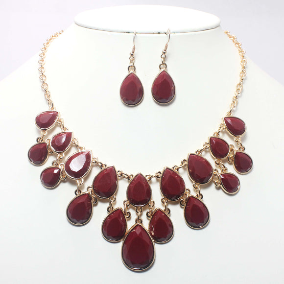 TEAR DROP NECKLACE SET