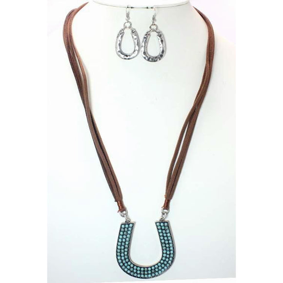 HORSESHOE NECKLACE SET