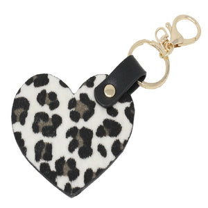 HEART KEY CHAIN - BLACK & WHITE