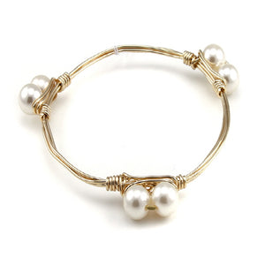 PEARL WIRE BANGLE - CREAM