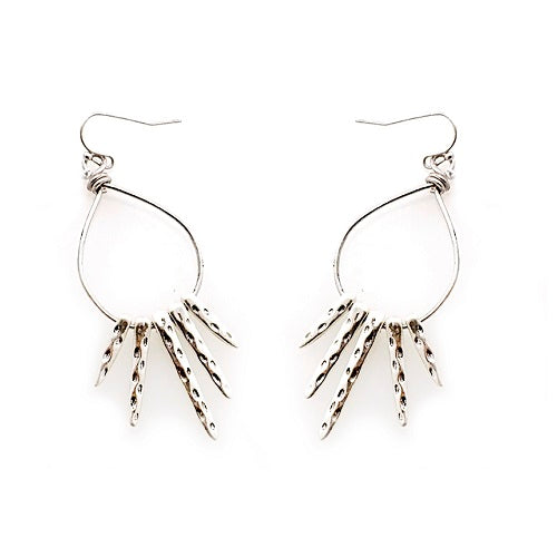 Tribal look earring - silver