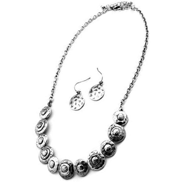 SWIRL NECKLACE SET