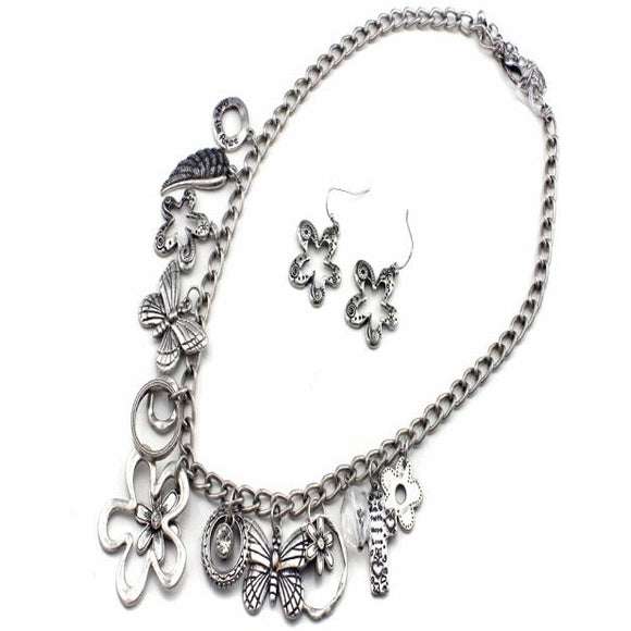 FLOWER & BUTTERFLY NECKLACE SET