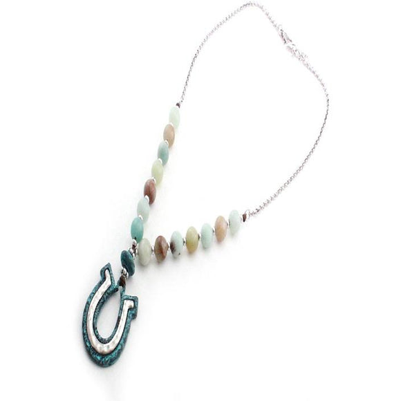 HORSESHOE & SEMI PRECIOUS NECKLACE SET