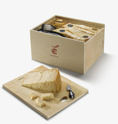 Cutting Board Gift Box 'Giuseppe Verdi' With Parmigiano Reggiano Collection