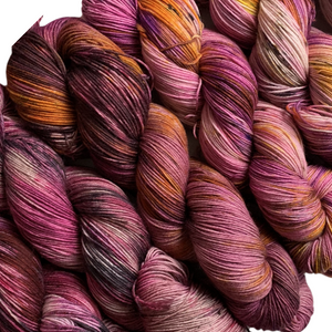 Load image into Gallery viewer, Summer Camp Yarn - Wonder Wall PURPLES