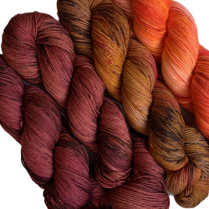 Load image into Gallery viewer, Summer Camp Yarn - Wonder Wall REDS/ORANGES
