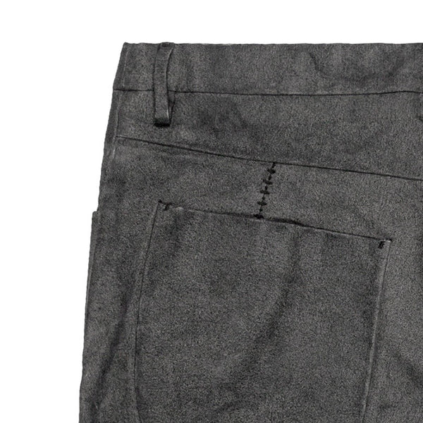 Label Under Construction Overlock J-Cut Pant
