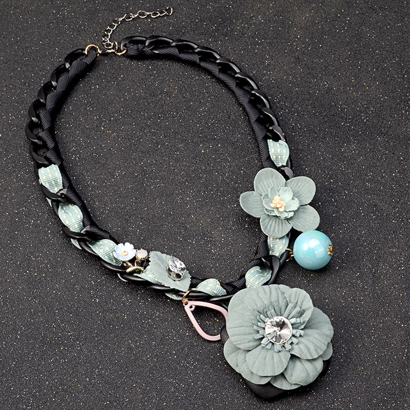 "Vintage Women's Necklace ""Flowers"" - Always Happy Shopping"