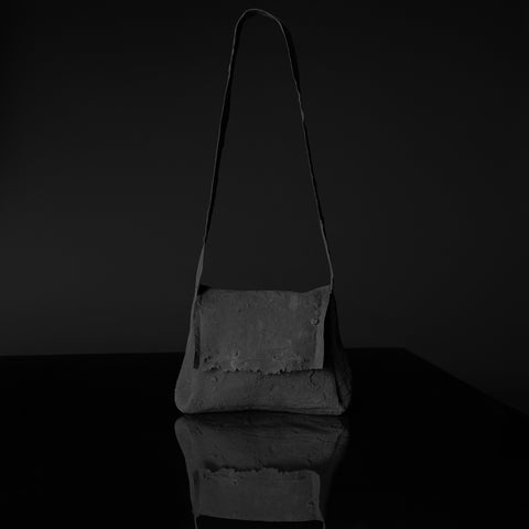 POST BAG CHARCOAL BLACK